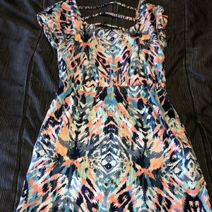 Small printed mini dress with back cutout detail
